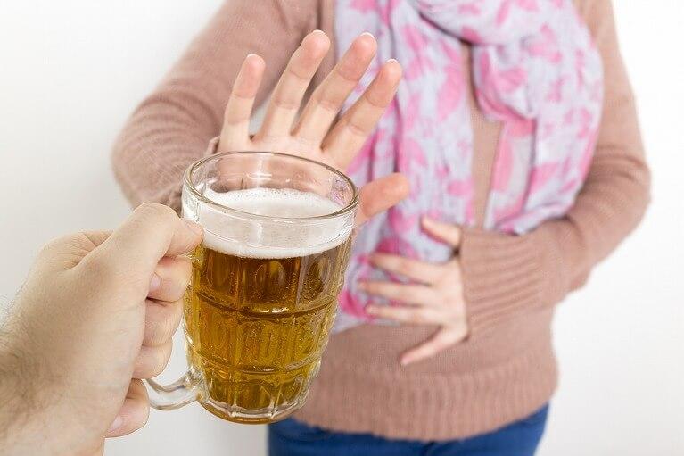 アルコールを控える