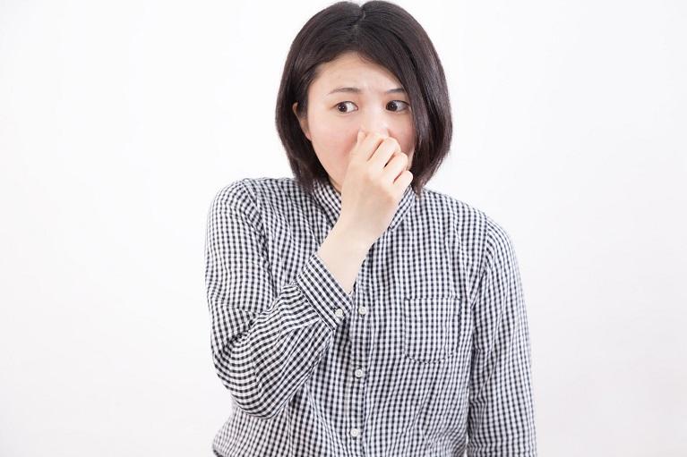 鼻が臭いのはなぜ?|かわもと耳鼻咽喉科クリニック